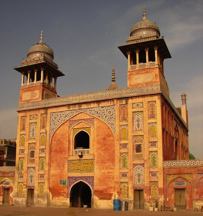 Best Places In The World To Live As A Muslim: Pakistan's 10 Most Beautiful Places You Should See