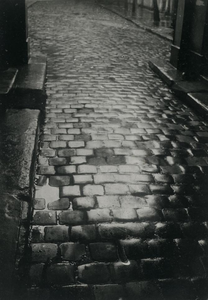 De Nuit - Around The World