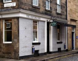 The 7 Best Books Set In Edinburgh