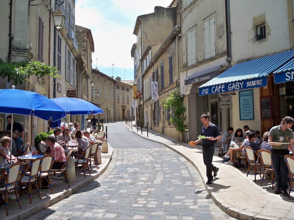 the 10 most beautiful towns in provence france. Black Bedroom Furniture Sets. Home Design Ideas