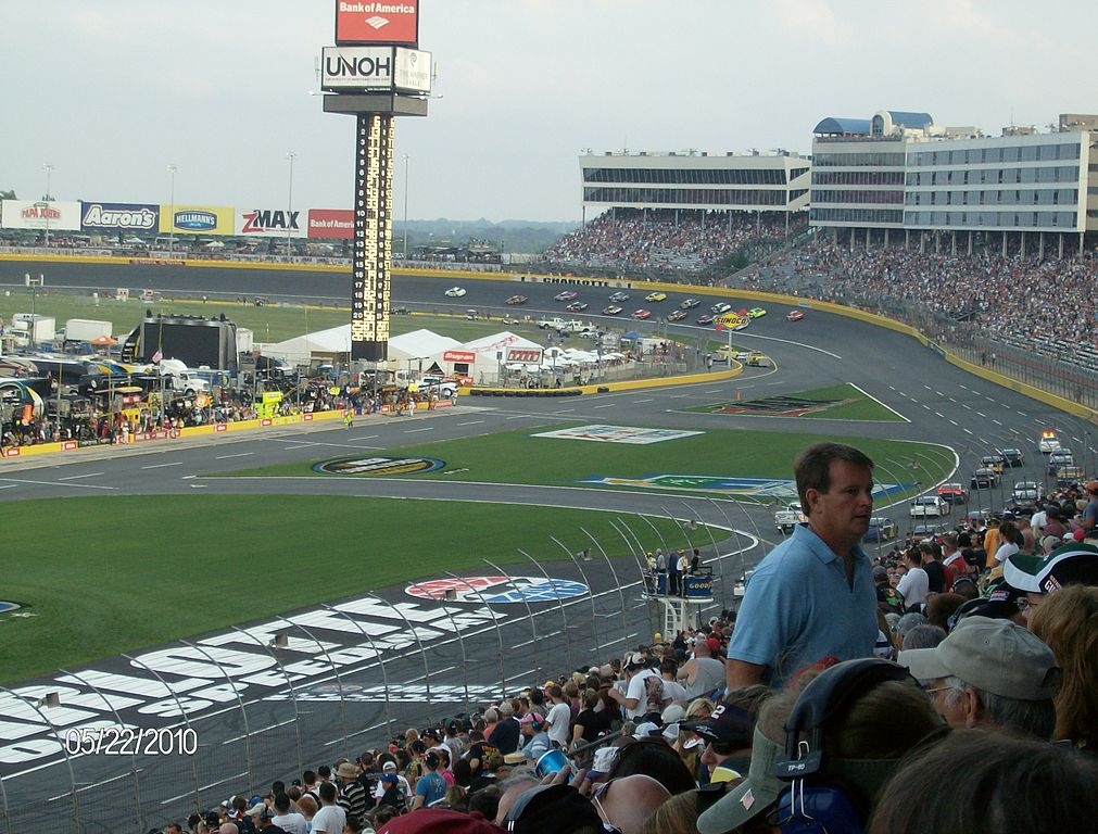 Top 10 restaurants and local eats in concord north carolina for Events at charlotte motor speedway