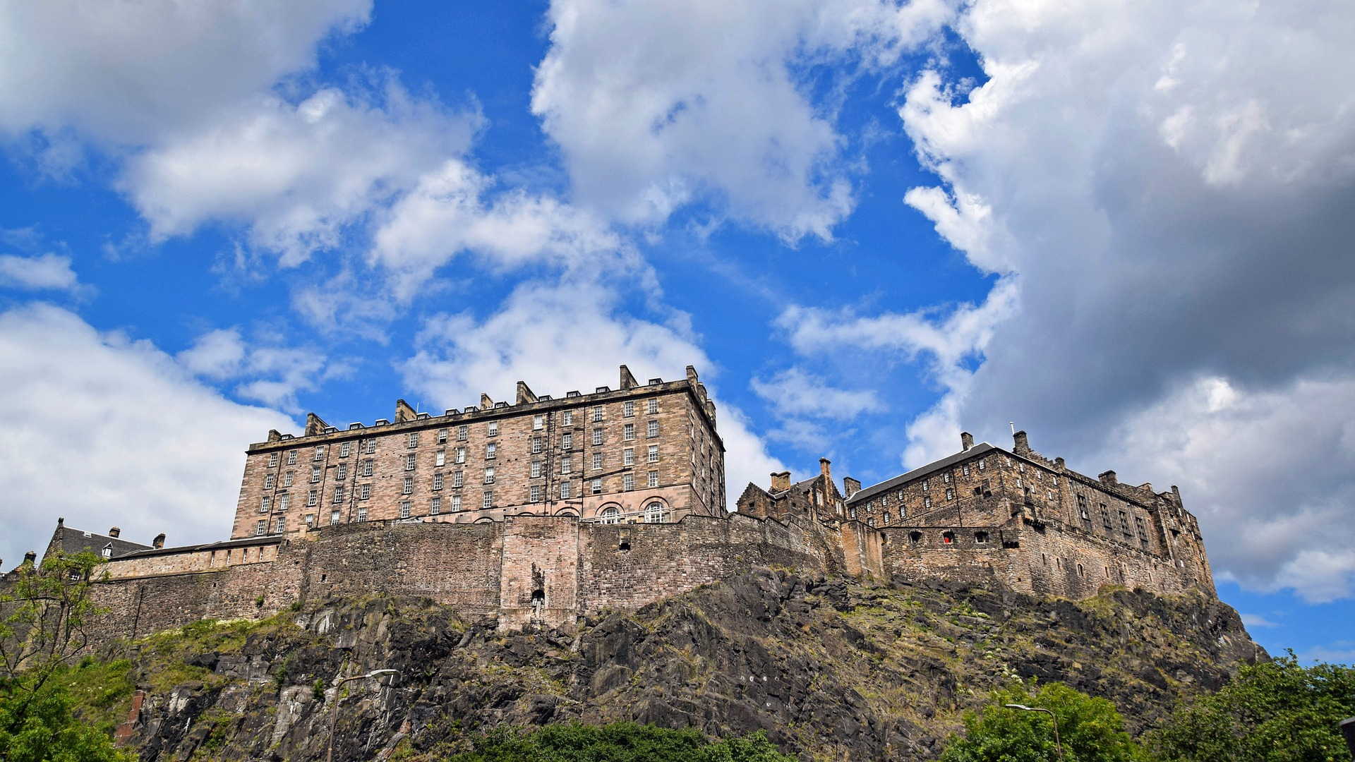 Enlightone: The 10 Best Brunch Spots In Edinburgh's Old Town, Scotland