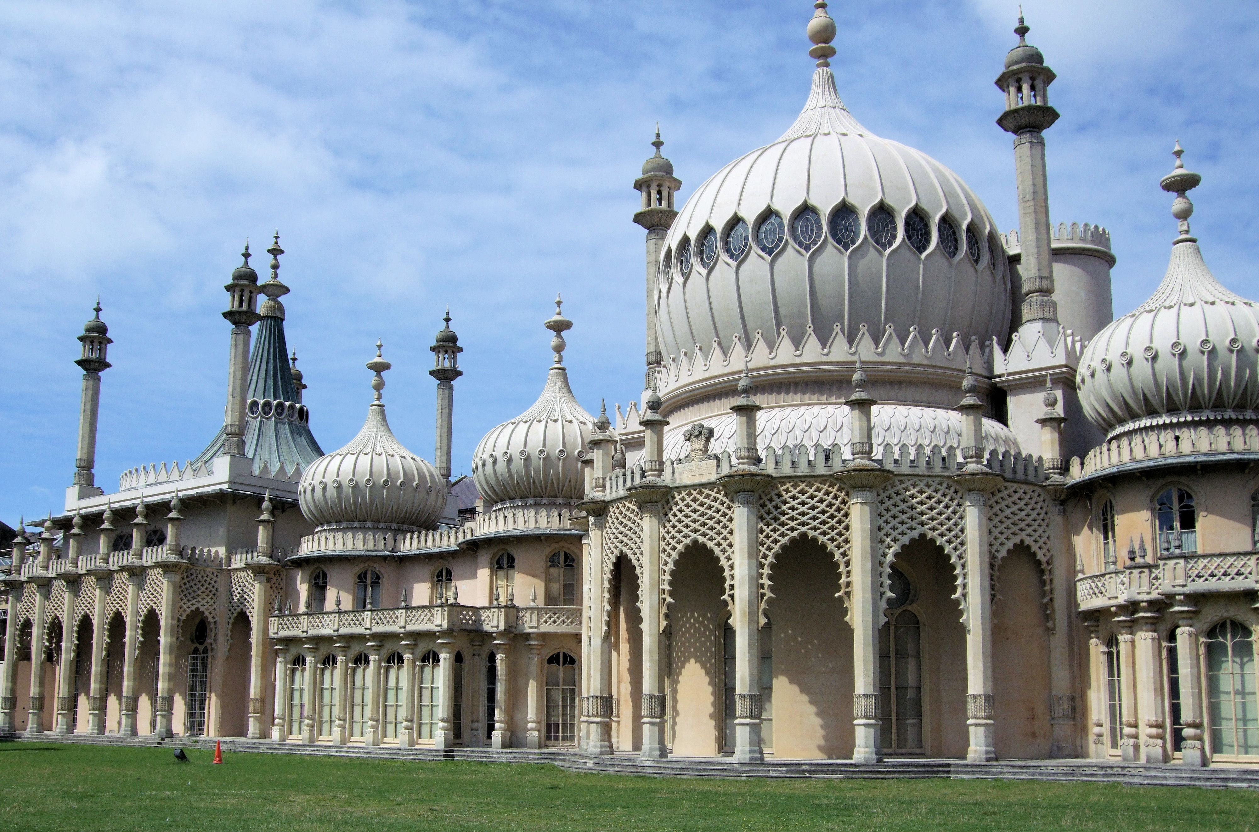 Top 10 things to do and see in and around kemptown brighton for The brighton