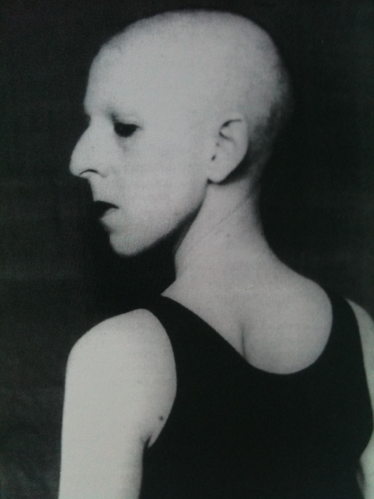 Self-portrait by Claude Cahun, from Bifur no 5| © lightsgoingon/Flickr