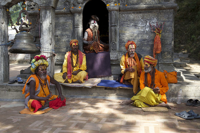 Sadhus at Pashupatinath, 5th century Siva Temple | ©Jean-Marie Hullot/Flickr