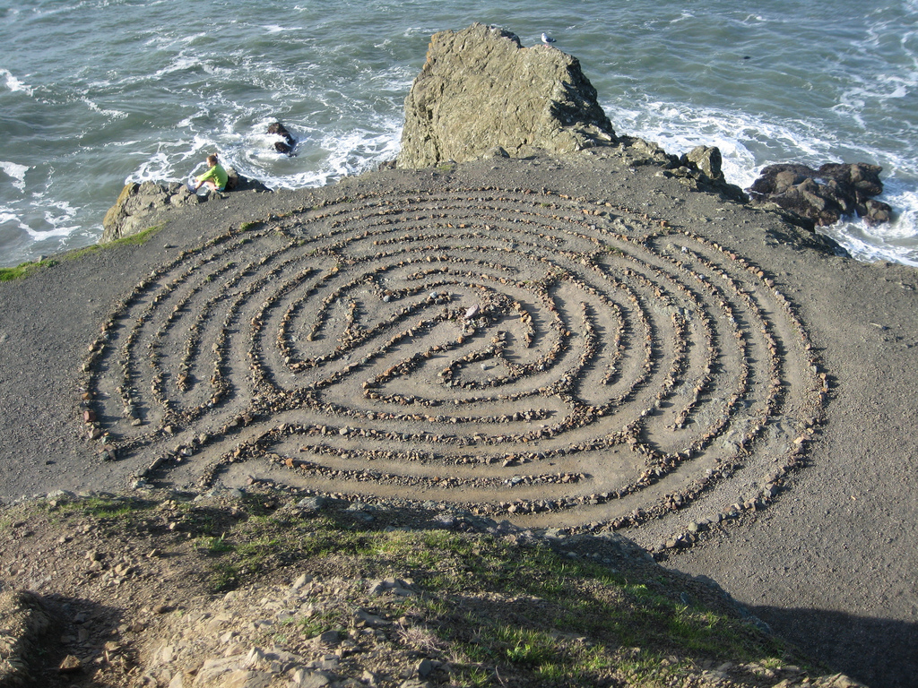Lands End Labyrinth © Aaron Harmon/Flickr
