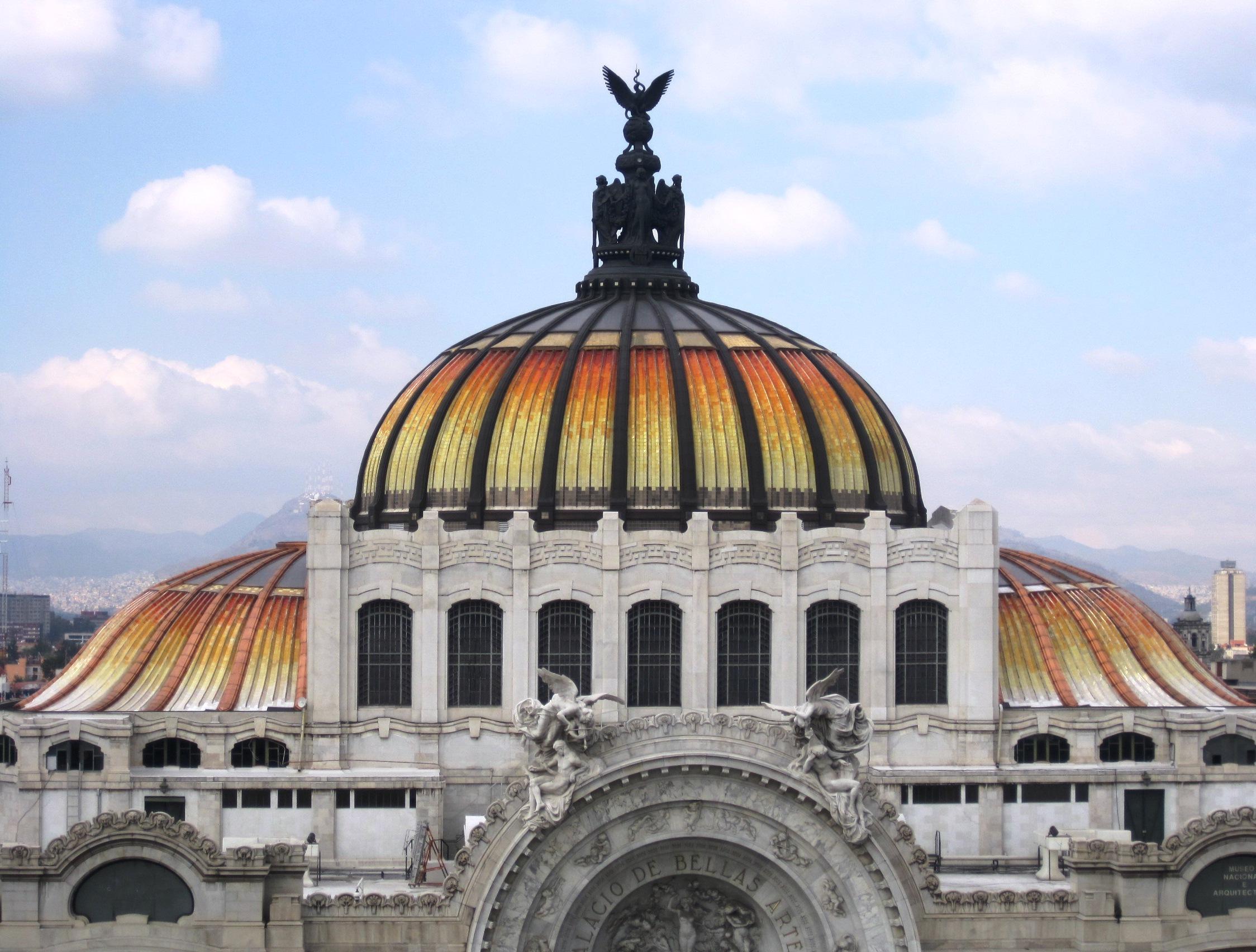 A Guide To The Palacio De Bellas Artes
