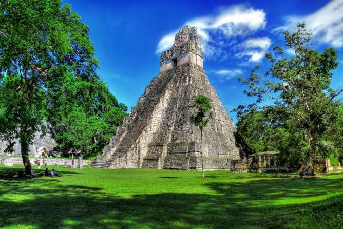Tikal, Guatemala. Daniel Mennerich/Flickr