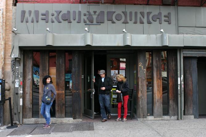 The Entrance at Mercury Lounge   © TeamDustizeff/WikiCommons