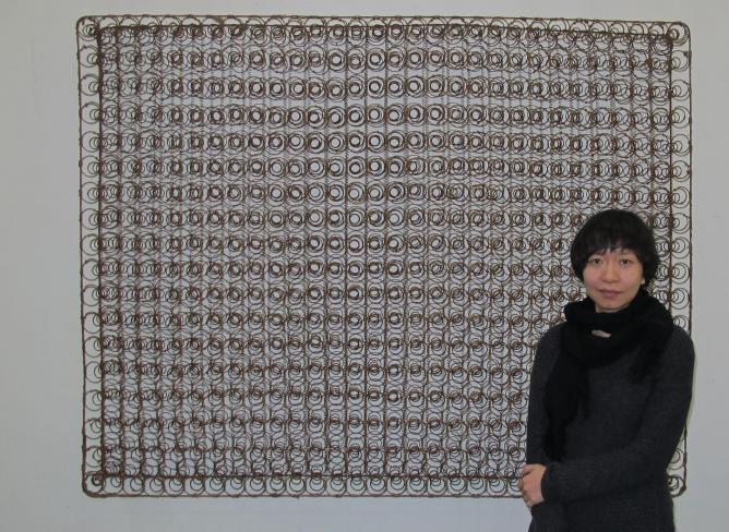 Liang Yuanwei with a 'piece of painting'