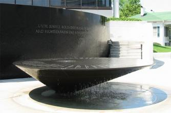 Maya Lin, Civil Rights Memorial Fountain