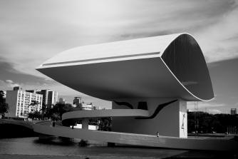 Museu Oscar Niemeyer, Curitiba | © Mauricio Mercer/WikiCommons