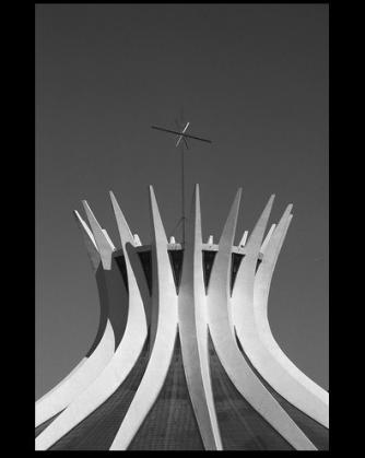 Cathedral of Brasilia, designed by Oscar Niemeyer | © Rick Ligthelm/Flickr