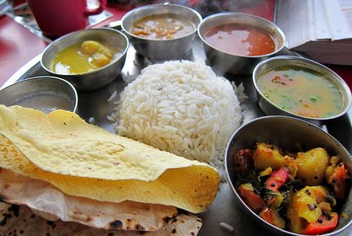 Defining bengali cuisine the culinary differences of west for Authentic bengali cuisine