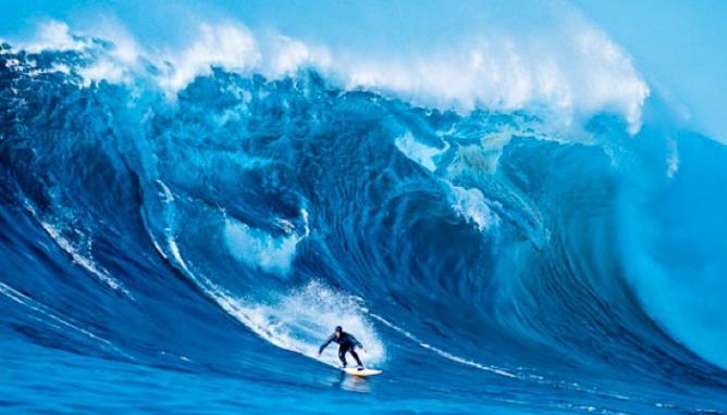 Peter Mel at Cortez Bank - Surfing