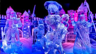Art | The Snow & Ice Sculpture Festival Bruges 2013