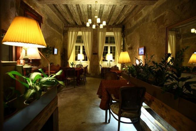 Von Krahl's Garden/Aed Restaurant | Courtesy of Visit Estonia