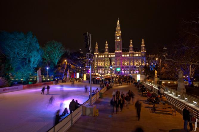 Eistraum am Wiener Rathausplatz