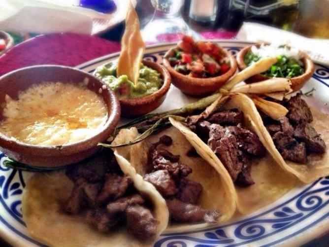 The best restaurants in antigua guatemala for Antiguan cuisine