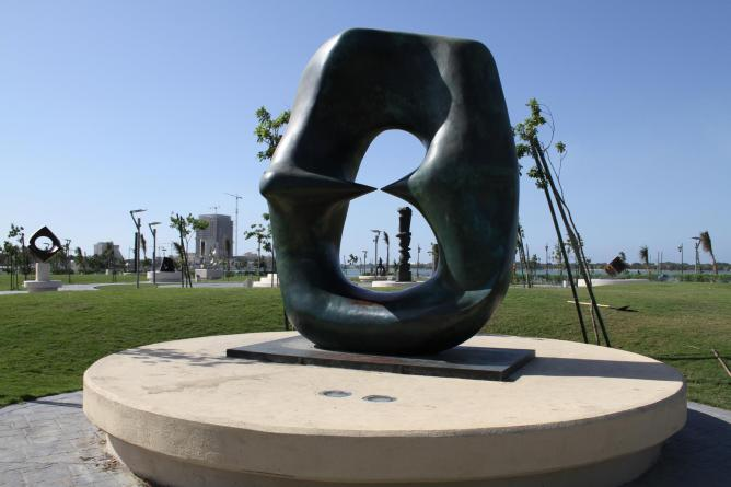 Henry Moore, Oval With Points, Jeddah Sculpture Park | Courtesy of Jeddah Art Week