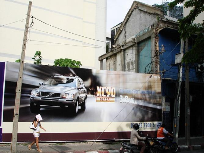 Street Photo Thailand: Snapshots of Bangkok's Urban Life