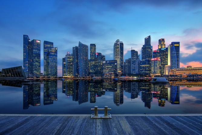 Singapore cultural calendar 2014 things to do for every month - Singapur skyline pool ...