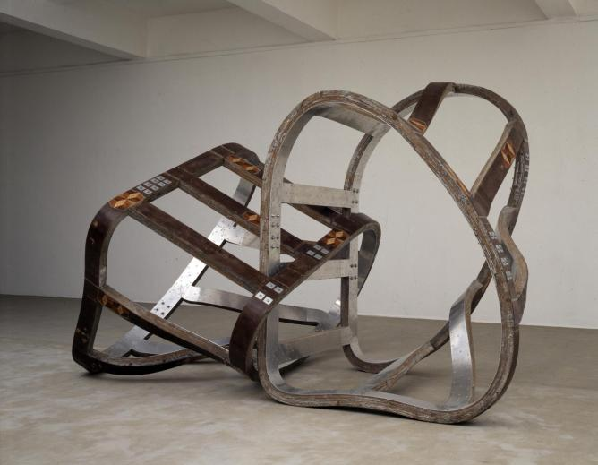 Richard Deacon, Lock, Private collection, 1990 | Courtesy of Richard Deacon