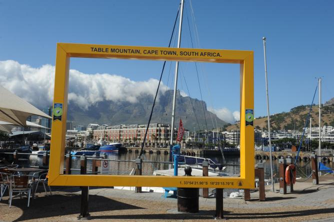 WDC 2014 -V&A Waterfront Table MountainFrame © Andrew Brown
