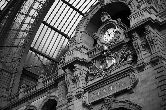 Antwerp: Train Station
