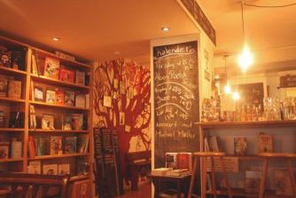 Løve's Bog and Café