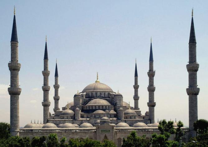 The Sultan Ahmed Mosque in Istanbul( The Blue Mosque ), Turkey
