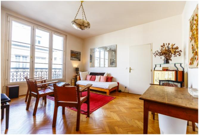 8 Incredible Places To Stay On Airbnb In Le Marais