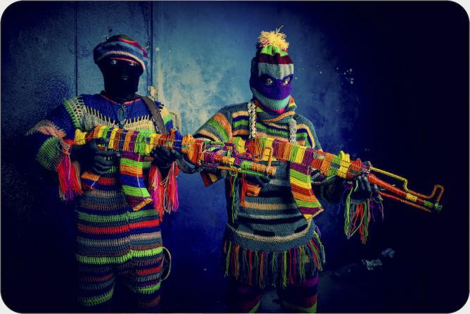 Murarabungu Chigawag 5 – Rainbow Machine Guns © Ralph Ziman