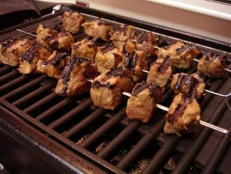 Shish Kebab Skewers © PDPhotos/Pixabay