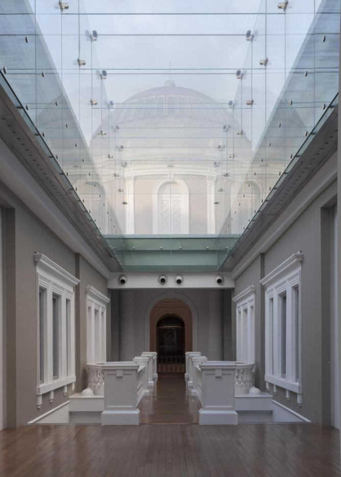 Glass Passage | Courtesy of National Museum of Singapore