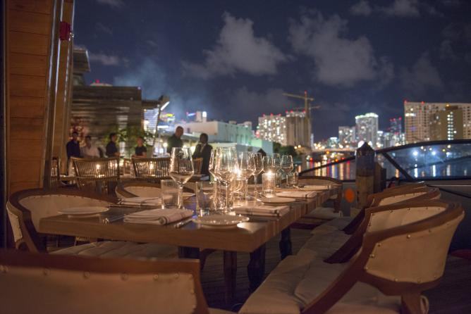 The 10 best restaurants for outdoor dining in miami for Zuma miami terrace
