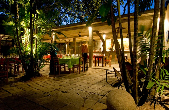 Colombo 39 s 10 best brunch and late breakfast spots for Indoor garden designs in sri lanka