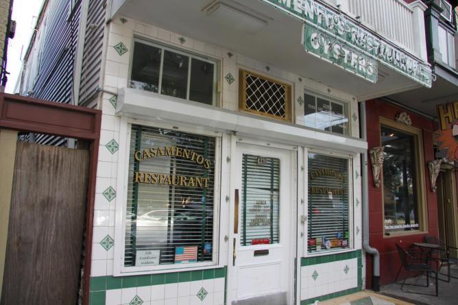 Exterior of Casamento's | Image Courtesy of NewOrleansOnline.com