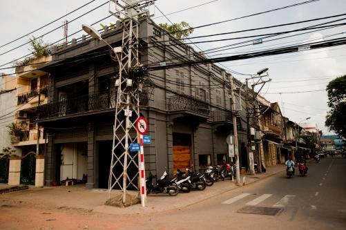 Exteriors - District Eight Design
