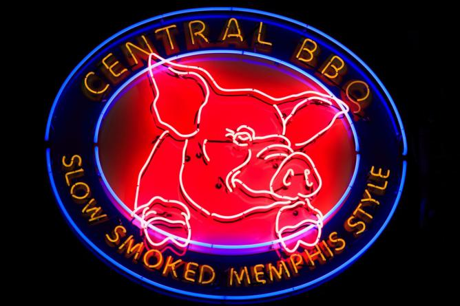 10 Must Try Bbq Joints In Memphis Tennessee