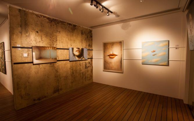 Interior of the gallery   Courtesy Barnadas Huang