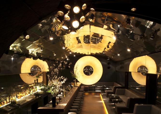 top 10 cocktail bars in berlin germany. Black Bedroom Furniture Sets. Home Design Ideas