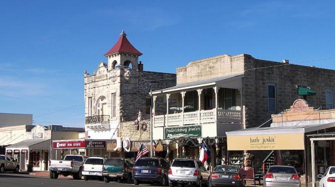 Top 10 Local Restaurants In Fredericksburg Texas