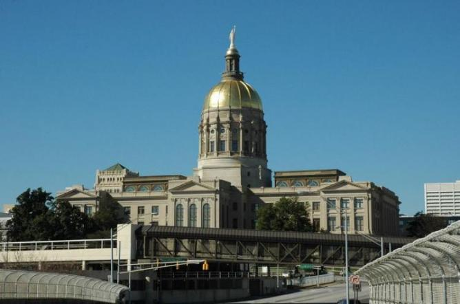 The Georgia State Capitol in Atlanta with the distinctive gold dome | © MattSal/WikiCommons