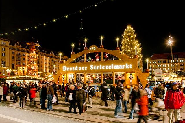 The Dresden Striezelmarkt | © LH DD Wifö/WikiCommons