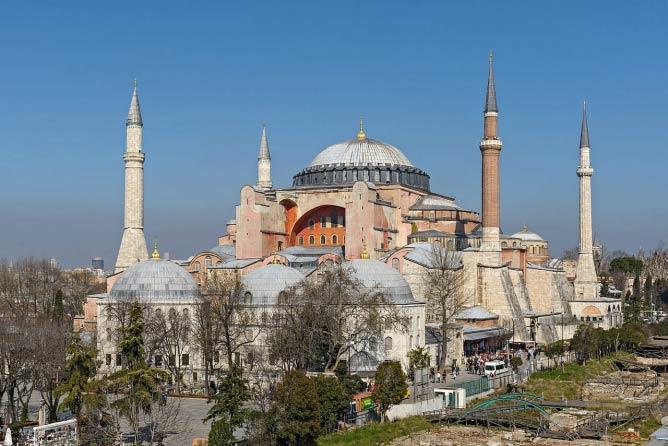 Hagia Sophia Museum | © WikiCommons/Arild Vågen