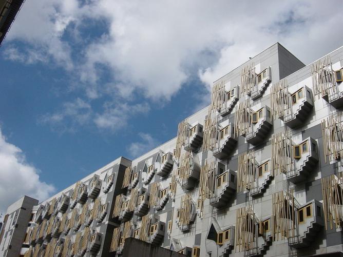 Scottish Parliament © Jamieli/Wikimedia