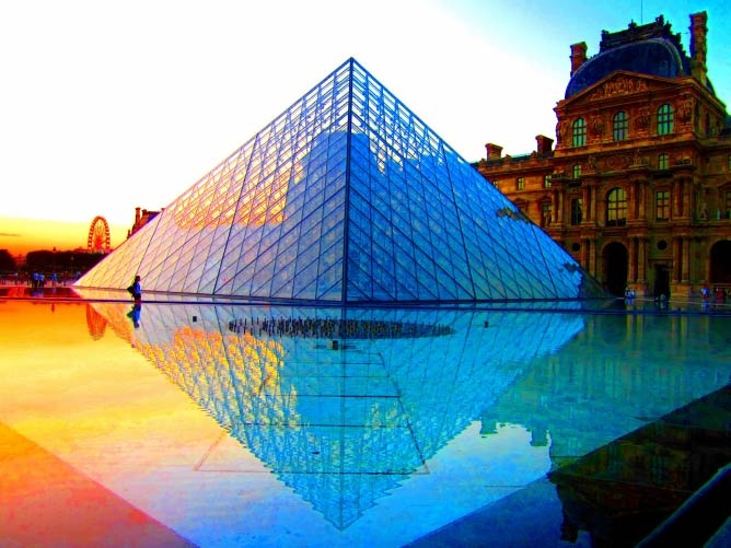 The Louvre Pyramid at Sunset | © Peggy2012CREATIVELENZ/Flickr