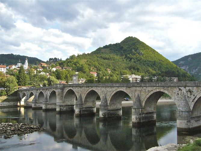 The Bridge on the Drina | © Fif'/Flickr