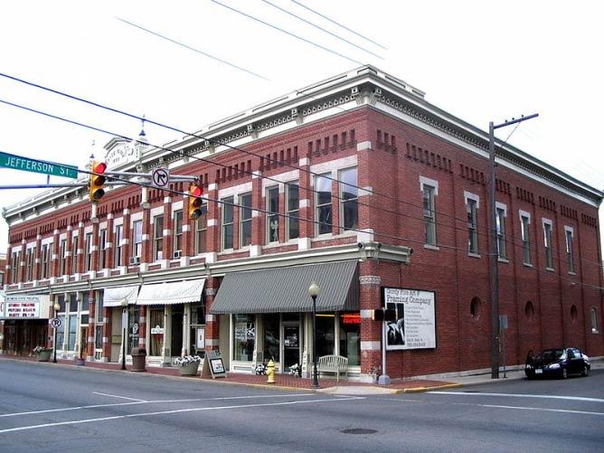 The 10 Best Restaurants In Muncie Indiana